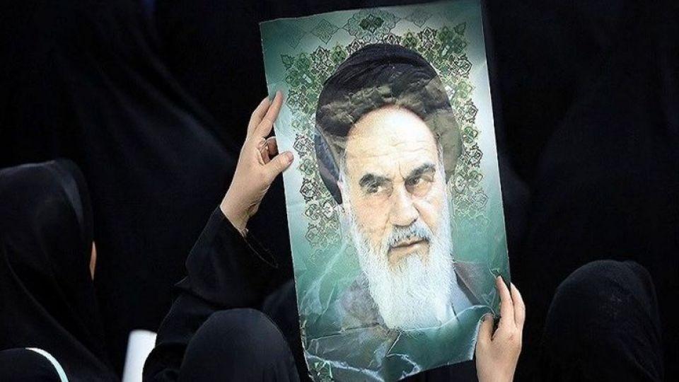 امام خمینی و تنگه های احد انقلاب